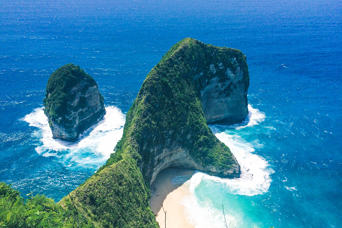 Beach Hopping in Nusa Penida